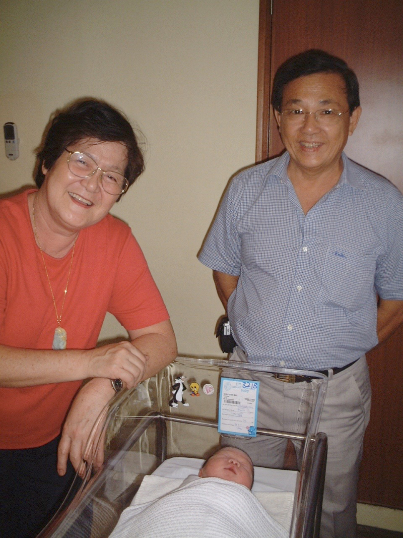 Ma and pa at isaac birth